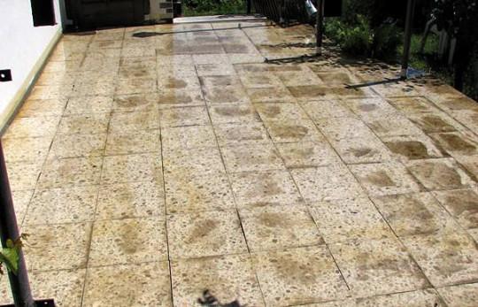 Grundierte Terrassenplatten