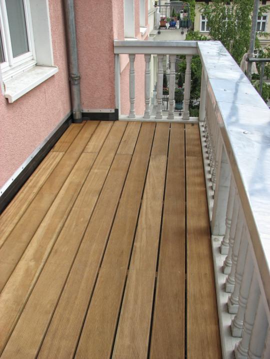 balkone abdichten balkonsanierung abdichtungen mit fl ssigkunststoff balkonabdichtung. Black Bedroom Furniture Sets. Home Design Ideas